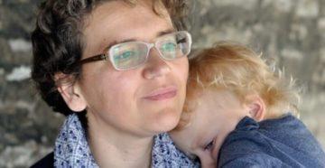 Россиянки выбирают растить детей без мужа