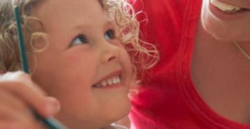 Как относиться к прошлому ребёнка, его кровным родителям?