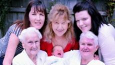 Британская семья поставила рекорд по количеству одновременно живущих поколений