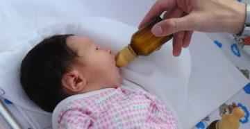 Почему нельзя давать бутылочку в роддоме?